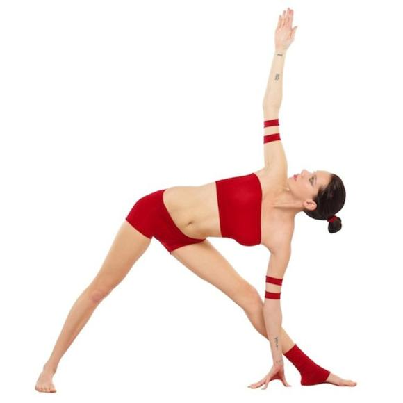 triangle pose red