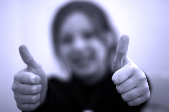 thumbs up mandy learo